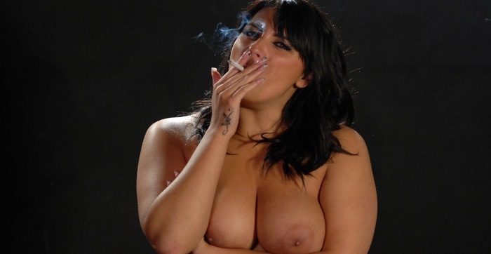 7519 - Busty Jenkins Topless Smoking_m,