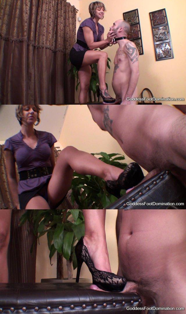 Hcm black girl masturbation under desk