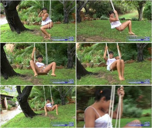 Pigtail Babe Pissing Swing_1