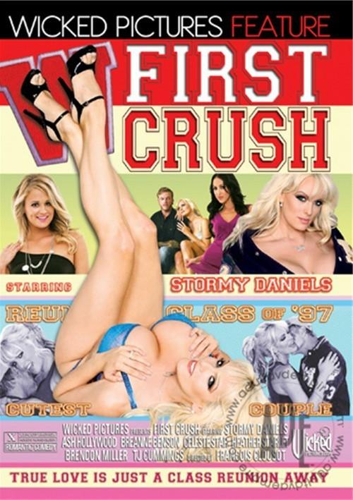 http://ist4-1.filesor.com/pimpandhost.com/1/5/4/5/154597/5/q/S/t/5qStN/First%20Crush.1.jpg