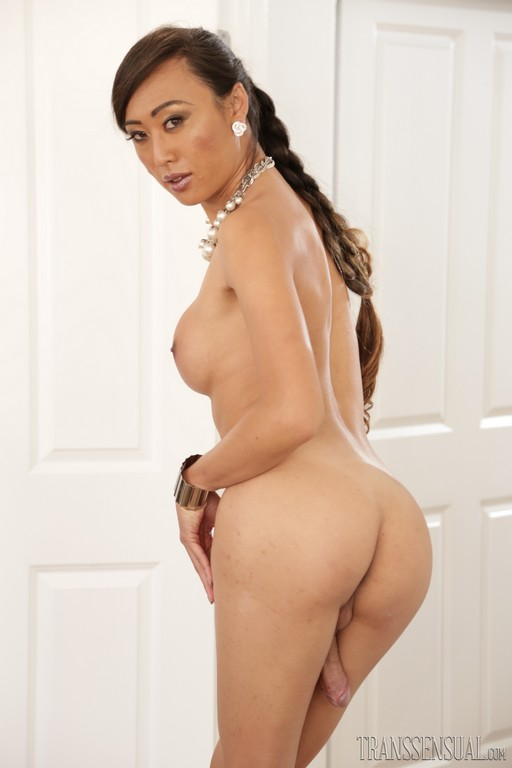 shemale Venus Lux Kate England Its Just Me and You 55,