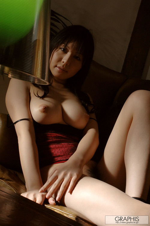 [Image: gra_ai-t083_m.jpg]