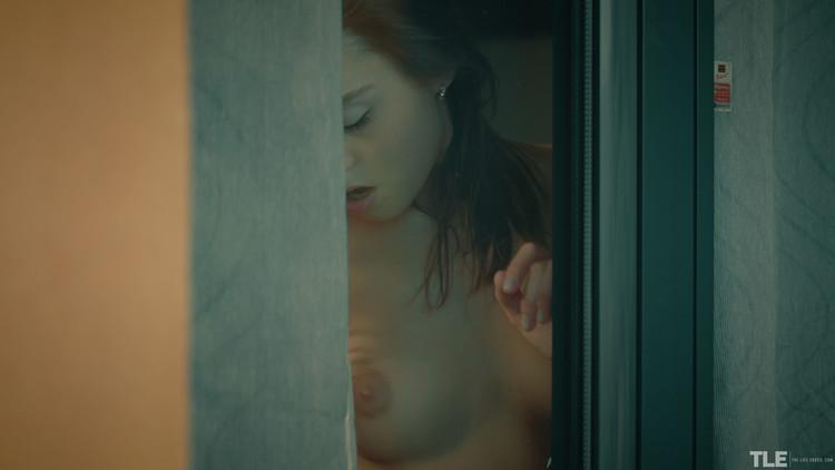 thelifeerotic_voyeur-1_sabrisse-a_high_0008,