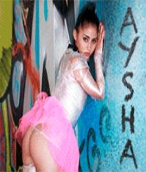 Aysha-Atrapada Y Castigada