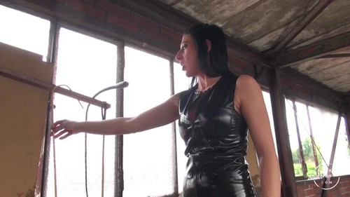 Kinky Mistresses – Mistress Anita Divina – CP In The Factory