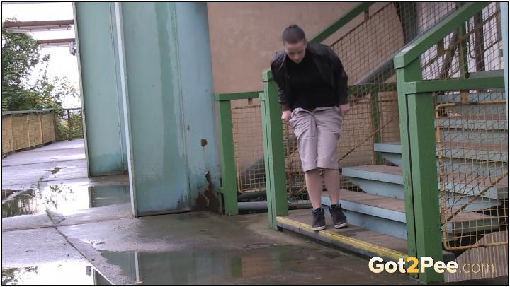 Got2Pee video-two-halfs-and-one_1080p