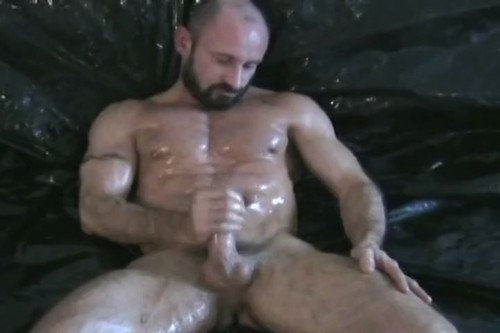 HOT MOVIE Free gay chat latino