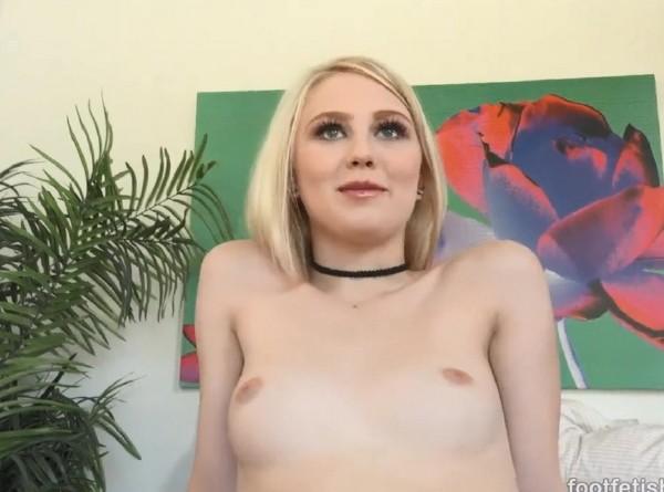 Lily Rader - Meet Lily Rader - HD (2016/FootFetishDaily.com/637 MB)