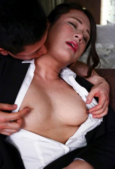 Makoto Nanese Loves Hard Dick!