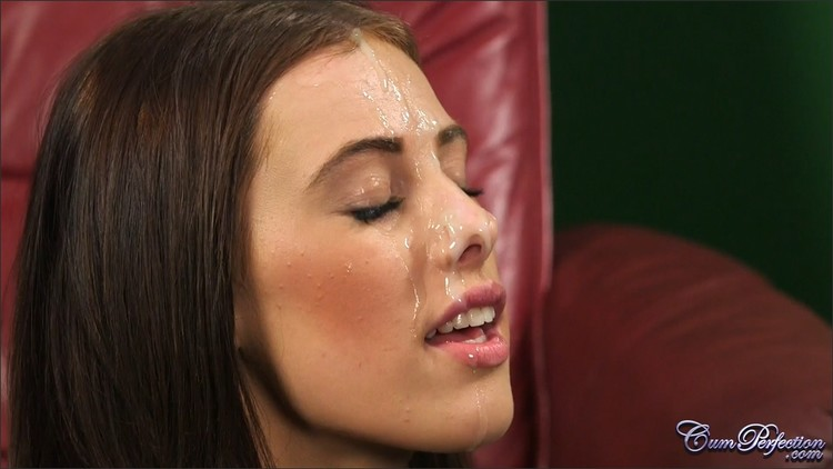 Lucy_Heart_Facial_Therapy_-_Cumperfection_com_l.jpg