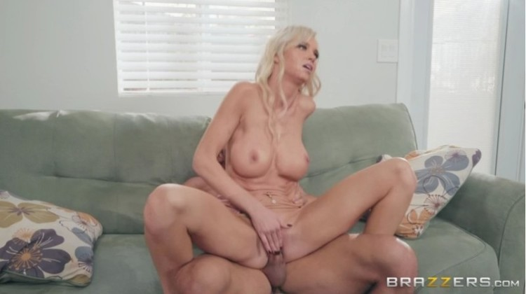 Real Wife Stories - Astrid Star - Caught On Cumming Camera - 15.03.2018 Free Download From pornparadise.org