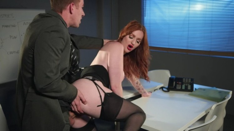 Big Tits At Work - Zara DuRose - Corporate Espionage - 13.03.2018 - 720p Free Download From pornparadise.org