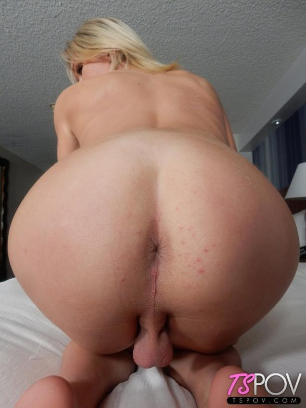 Jennifer Jolie - BONUS - Amateur TS Blonde Sucks The D [FullHD 1080p]