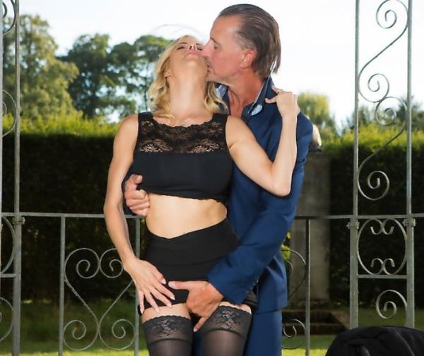 Alexis Fawx - A Widow To Comfort 720p