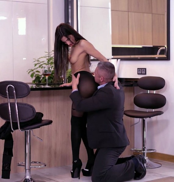 Angela Allison, Zack - Deluxe Rimjob Ep3 - Sex With My Boss - SD (2018/GirlsRimming.com/249 MB)