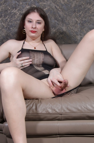 Alluring Temptress Witch Cums!