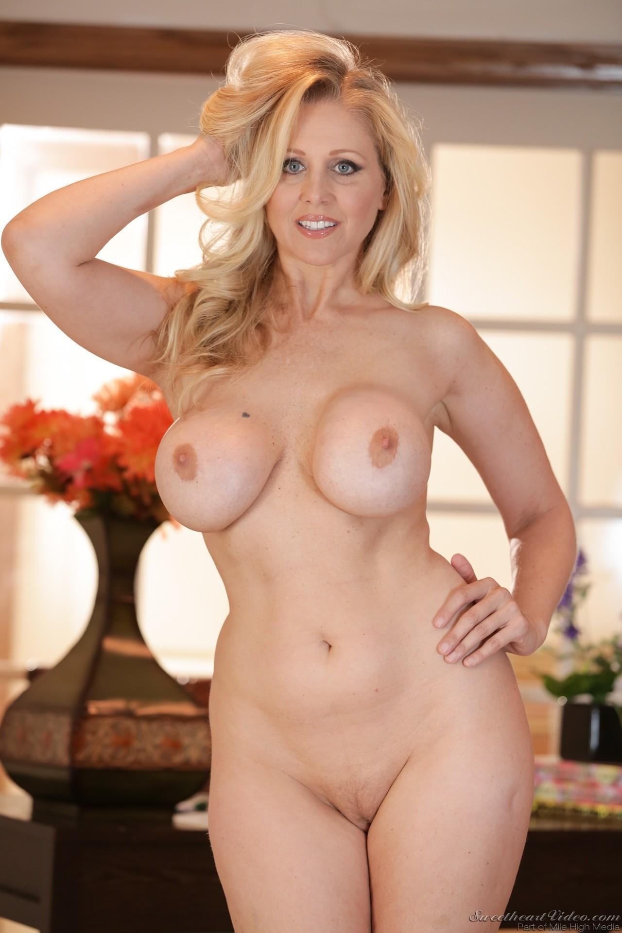 Julia ann sexy