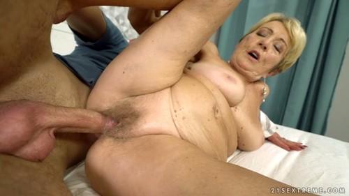 http://ist4-1.filesor.com/pimpandhost.com/1/_/_/_/1/5/j/d/m/5jdmu/Sexual%20Moms%20%20595m_m.jpg
