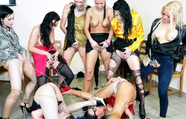 Lesbiab pornex licking vidia