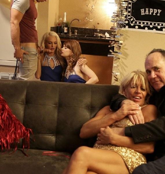 Ariel Mcgwire,  Emma Hix - New Years Family Fuck 1080p