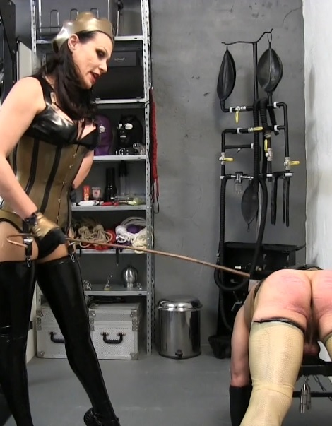 Rubette's Punishment Caning