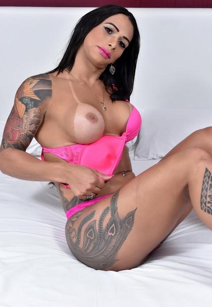 Hung Rosy Pinheiro