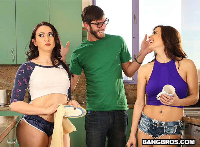 AssParade / BangBros: Keisha Grey, Mandy Muse (Threesome) Step-Sisters Play Tug of War With Boyfriend [SD 480p]