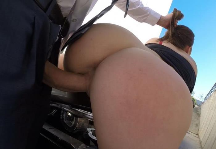 CumLouder: Marina Visconti (Public Sex) The hung driver [SD 405p]