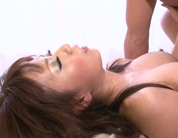 JapanHD.XXX - Yui Komiya - How To Please A Teen [SD 584p]
