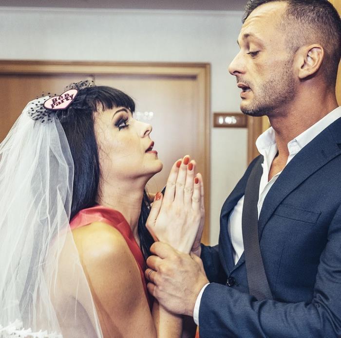 FakehubOriginals/FakeHub: Sonya Durganova - Bride Not To Be [HD 720p] (Teen)