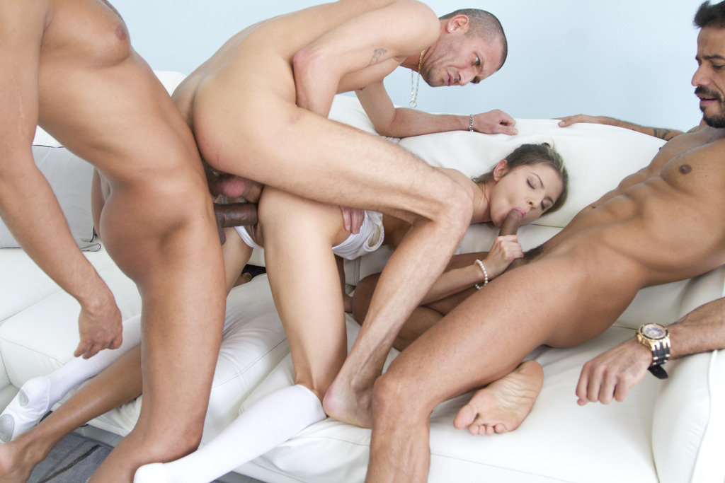 Download LegalPorno - Gonzo_com - Gina Gerson 5on1 mini gangbang & double penetration SZ1354