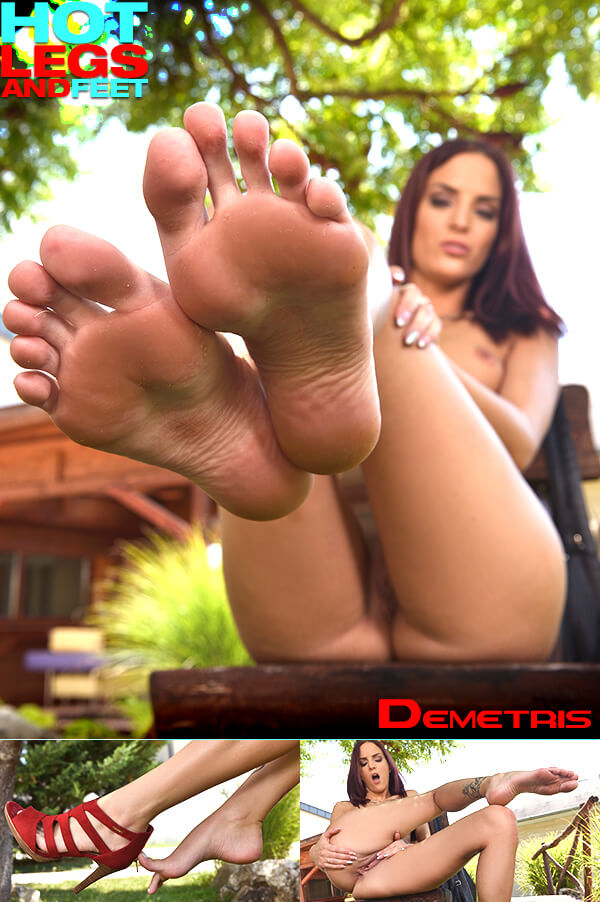 HotLegsAndFeet / DDFNetwork: Demetris (Foot Fetish) Leggy Allurement [SD 540p]