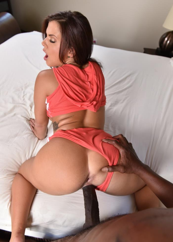 Keisha Grey - - Keisha Greys big ass takes a big cock [AssParade] HD 720p