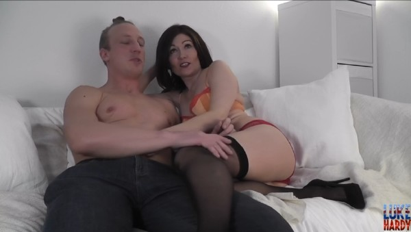 LukeHardyxxx - Kitty Creamer - Kitty Creampie Webcam Special [HD 720p]