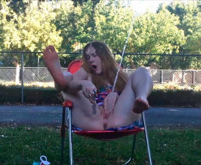 Gingerspyce - RISKY Public Teen SQUIRT Vol 7 Custom [FullHD/1080p/1.95 Gb] ManyVids