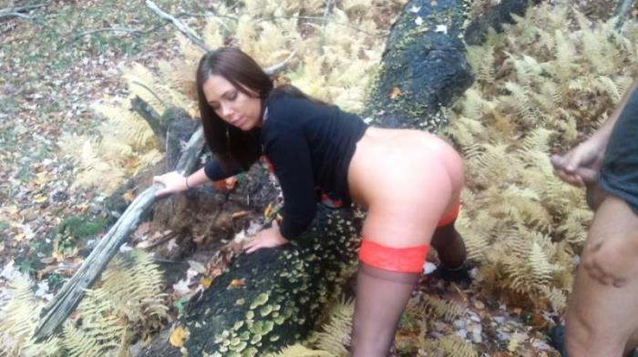 Cam4 - Amateur - Acidalia A Fuck In The Woods [FullHD 1080p]