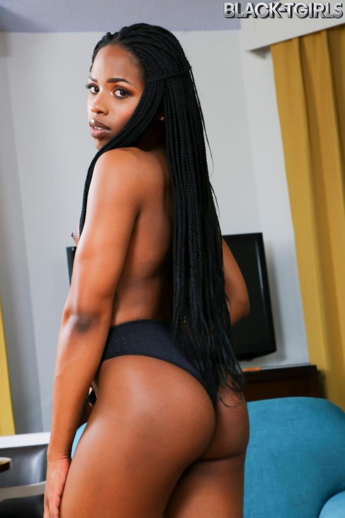 Ariel Smith - - TS Ariel Smith [Black-TGirls] HD 720p