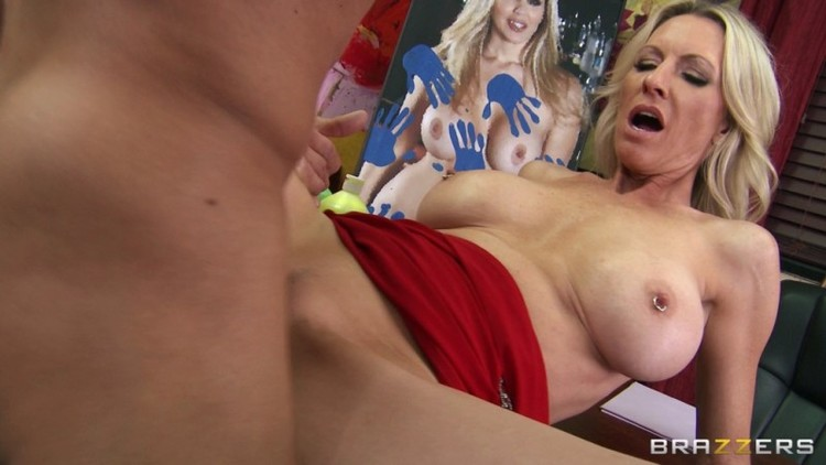Mommy Got Boobs - Emma Starr - Soaking Up Some Cunture  04.01.13  - 1080p Free Download From pornparadise.org