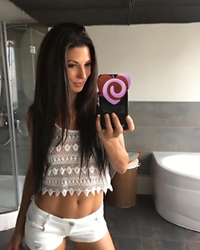 Alexa Tomas - Alexa Tomas Loves Anal Sex (2018/DorcelClub/FullHD)