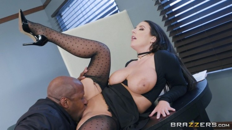 Big Tits At Work - Angela White - Full Service Banking  22.01.2018 - 720p Free Download From pornparadise.org
