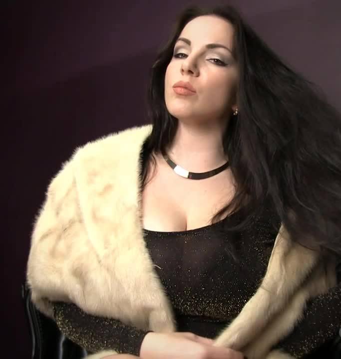 GoddessAlexandraSnow - Alexandra Snow - Glamourous Furs [HD 720p]
