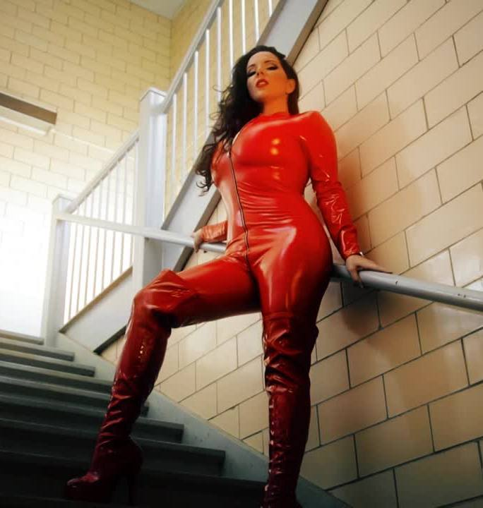 GoddessAlexandraSnow - Alexandra Snow [Red Catsuit in Stairwell Photoshoot] (HD 720p)