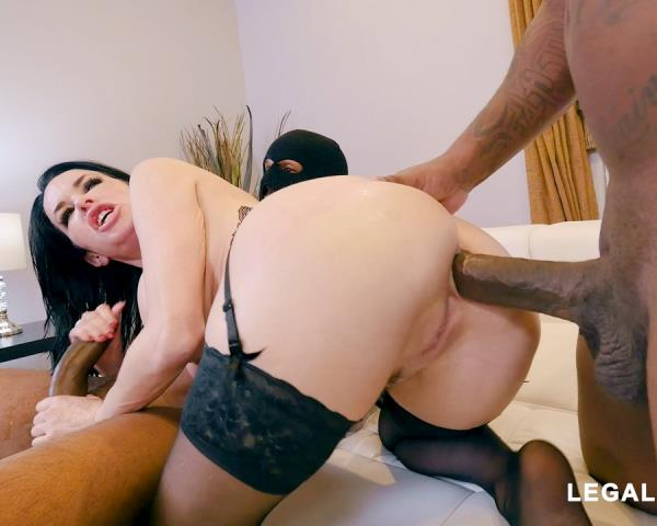LegalPorno: Veronica Avluv (DP, Double Penetration) Black Robbers Invade Veronica Avluvs Ass And Pussy AB003 [SD 480p]