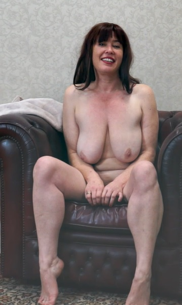 Janey 41 years old Interview