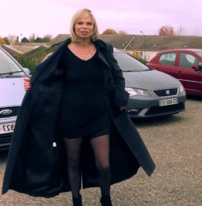 JacquieEtMichelTV: Isabelle - Au Havre avec Isabelle ! [HD 720p] (520.86 Mb)