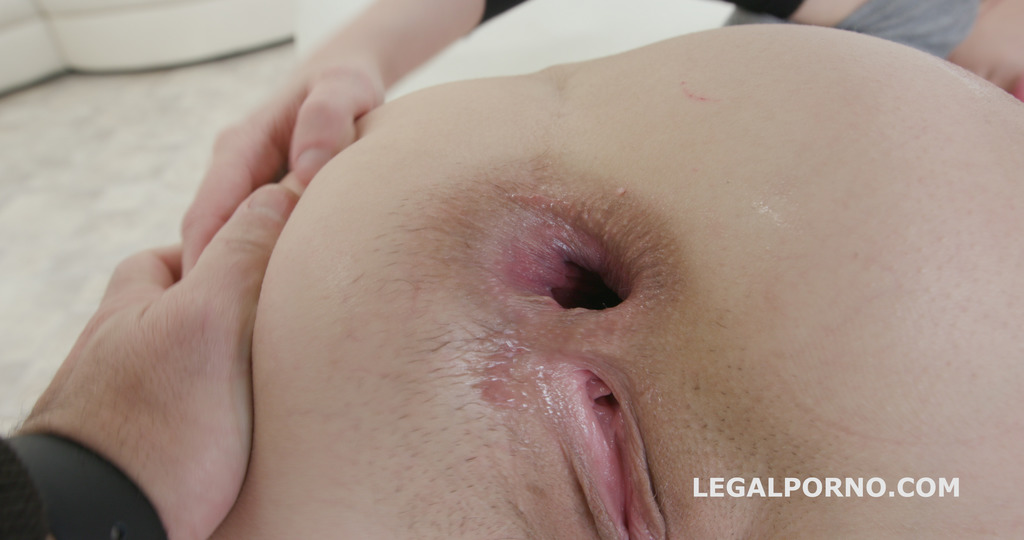LegalPorno - Giorgio Grandi - Blackbusters 3on1 with Kira Roller / Balls Deep Anal / Deep DAP / Crescendo Gapes / 3 Swallows GIO515