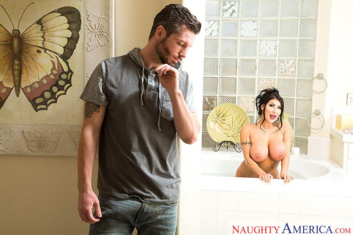 MyGirlfriendsBustyFriend / NaughtyAmerica: August Taylor - Naughty America [SD 480p] (415.25 Mb)