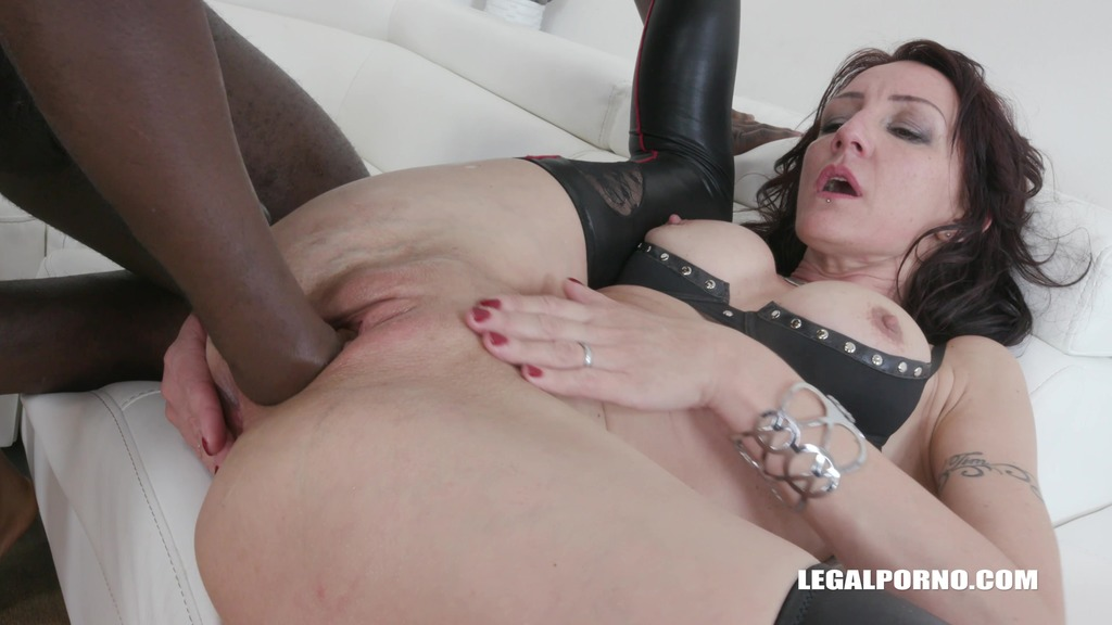 LegalPorno - Interracial Vision - Lola Taylor & Lina Cypher - fisting consortium & double anal games Part 2 IV145