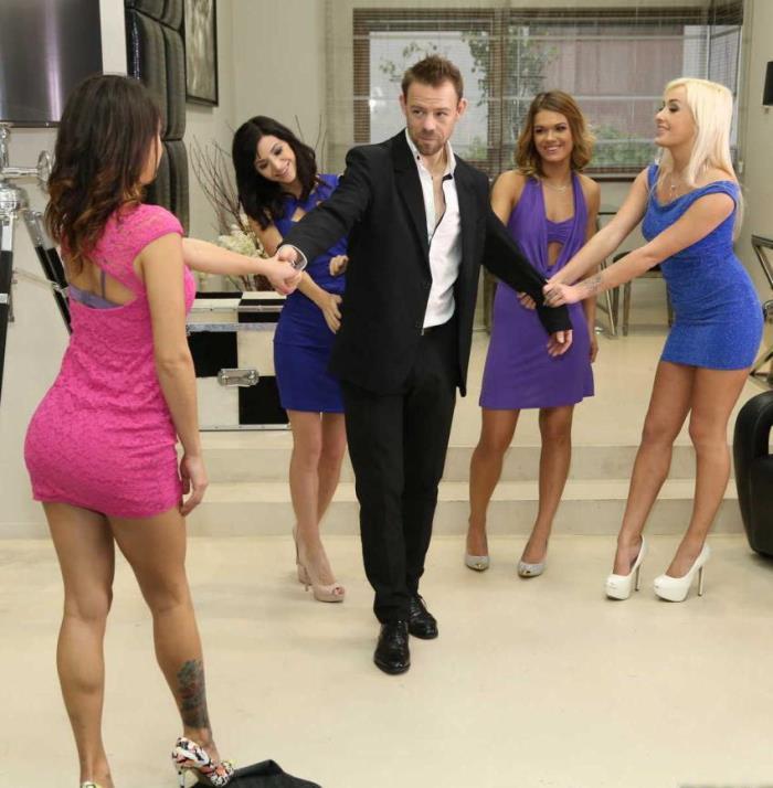 Arian Joy, Suzy Rainbow, Lara West - Meeting The Girls [HD/720p/688.83 Mb] EuroSexParties/RealityKings