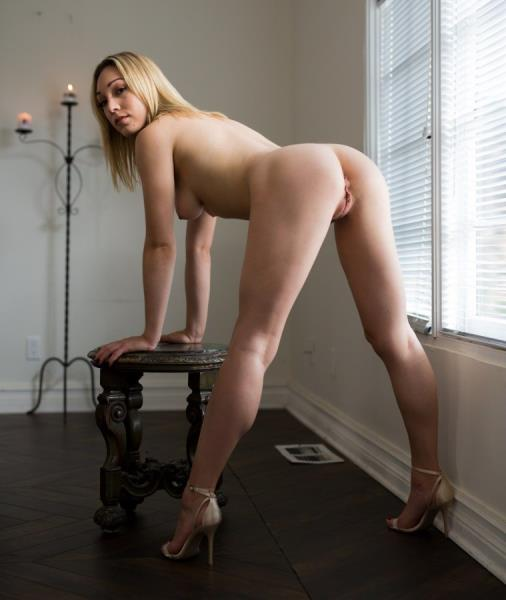Lily Labeau - Tighter Love [SD 544p] - EroticaX
